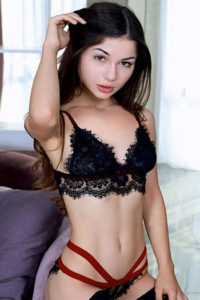 Gina Escort Berlin Bulgarien dünne Frau Teen Girl