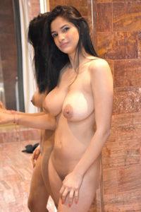 Escort Berlin Teen Model Lena dünn große Titten mehrmals Sex von hinten
