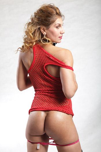 Lisa blondes erfahrendes Escort Girl aus Berlin ein hemmungsloses erotisches Model