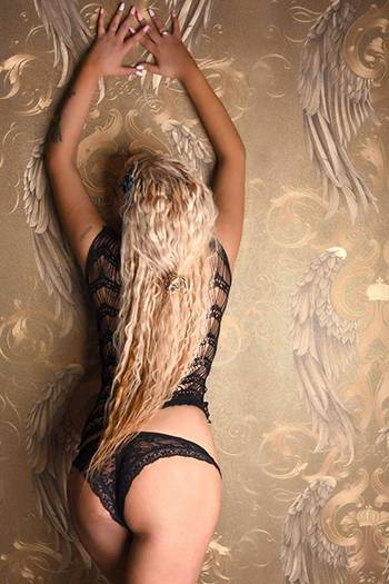 First High Class Escort Top Model Berlin Melani aus Russland Top Sex Service Callgirl
