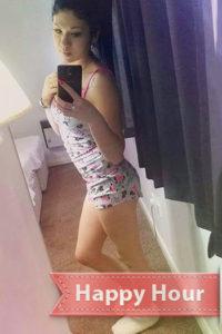 Berliner Escort Teenie Anfängermodell Polly will alle Sex Phantasien ausleben