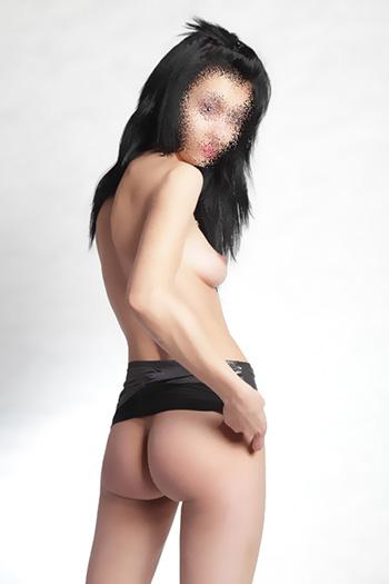 Sexerlebnis Berlin mit Sissi Romantik Erotik Leidenschaft Escort Sex Callgirl aus Bulgarien